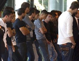 Sao Barcelona buồn bã trong đám tang của Tito Vilanova