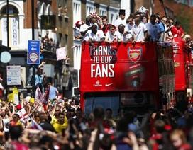 Arsenal diễu hành hoàng tráng mừng chức vô địch FA Cup