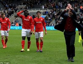 Xác định 2 CLB đầu tiên chia tay Premier League