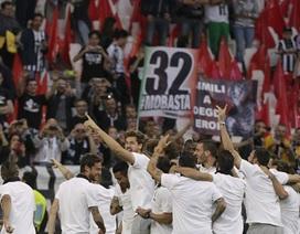 Juventus vỡ òa trong ngày vô địch Serie A