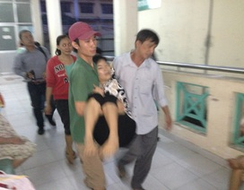 Bé gái chết đột ngột, người thân vây kín bệnh viện