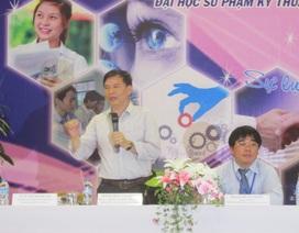 Hơn 400 giáo viên THPT được tập huấn hướng nghiệp