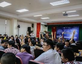 Sinh viên TPHCM hào hứng trong buổi phát động giải thưởng NTĐV 2015