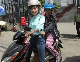 Đi xe máy vượt hơn 230km để thi vào Sư phạm Mầm non