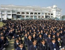 Trường học đông nhất thế giới với 45.000 học sinh