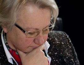 Bộ trưởng Giáo dục Đức bị tước bằng tiến sĩ vì đạo văn