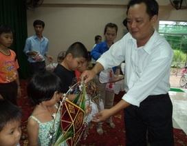 300 phần quà trung thu đến với các trẻ em nghèo huyện Cờ Đỏ