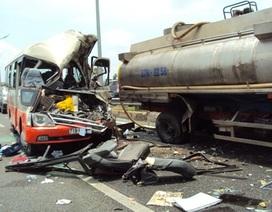 """Vụ tai nạn 7 người chết: 3 xe cấp cứu """"bỏ chạy"""" khi thấy nạn nhân thoi thóp?"""