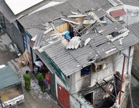 Hà Nội: Nổ lớn tại cửa hàng gas, mái nhà bị thổi bay