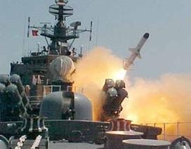 """Tại sao chiến hạm """"tia chớp"""" nguy hiểm ở Biển Đông?"""