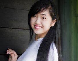 Nữ sinh 9X Đà Nẵng dịu dàng trong tà áo dài trắng