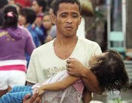 Xúc động bé gái dặn mẹ bảo trọng trước khi chết bởi siêu bão