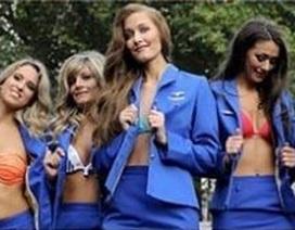 Tiếp viên hàng không trút xiêm y, chụp lịch làm từ thiện