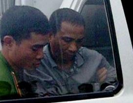 """Lái """"xe ôm"""" phát hiện kẻ mang 40 bánh heroin ở bến xe Giáp Bát"""