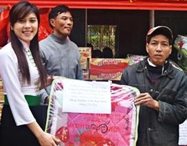 Á hậu Lò Thị Minh đem Tết ấm đến huyện Điện Biên Đông