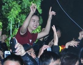 """Hàng vạn bạn trẻ Hà thành """"đếm ngược"""" đón năm mới 2014"""