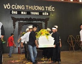 """Vụ bệnh nhân chết tức tưởi tại bệnh viện Pháp Việt không thể """"chìm xuồng"""""""