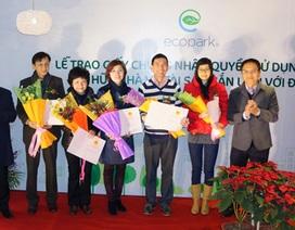 Dân Ecopark đón nhận những cuốn sổ đỏ đầu tiên
