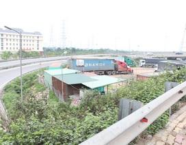 Những hình ảnh nhếch nhác ở gầm cầu vượt Pháp Vân - Thanh Trì