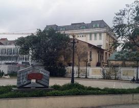Sân chơi cho trẻ em Thủ đô: Nơi thiếu, nơi bỏ hoang