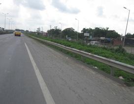 Đường quốc lộ chuyển giao cho TP. Hà Nội ngày càng bẩn