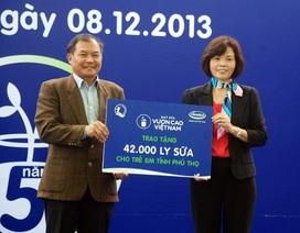 Vinamilk trao tặng 42 nghìn ly sữa cho trẻ em nghèo tỉnh Phú Thọ