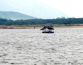 Đi câu cá, 2 anh em chết đuối và mất tích tại hồ