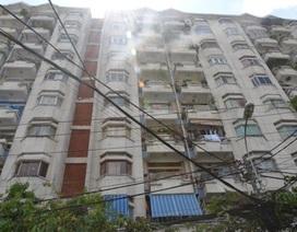 Cháy chung cư Phan Văn Trị, hàng trăm người tháo chạy