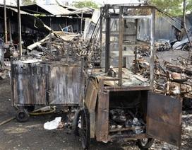 """Vụ cháy 300 xe gắn máy: Nhiều người nghèo mất """"cần cầu cơm"""""""