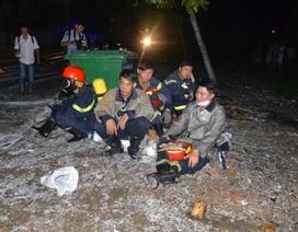 200 lính cứu hỏa vắt kiệt sức chữa cháy công ty hóa chất suốt đêm