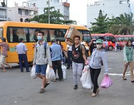 Người dân ùn ùn quay trở lại Sài Gòn sau lễ