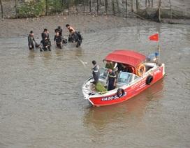 Nam sinh viên nhảy sông Sài Gòn mất tích từ cầu Thủ Thiêm