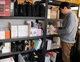 Kinh tế khó khăn, giới trẻ Hàn Quốc đổ xô cầm đồ hàng công nghệ