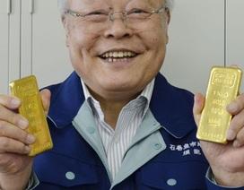 """""""Đại gia bí ẩn"""" tặng vàng thỏi cho nhiều nạn nhân sóng thần Nhật"""