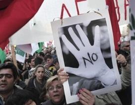 Quốc hội Síp thẳng thừng bác bỏ dự luật đánh thuế tiền gửi