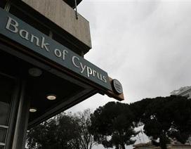 """Các """"đại gia"""" gửi tiền tại đảo Síp có thể mất tới 60%"""
