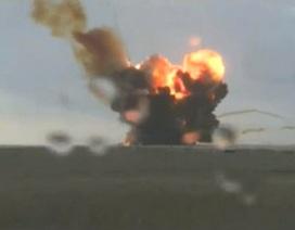 Tên lửa Nga nổ tung sau khi rời bệ phóng