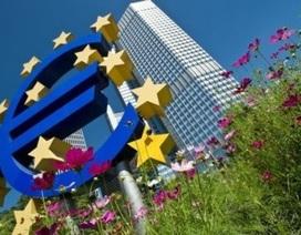 Eurozone thoát khỏi cuộc suy thoái dài nhất 40 năm