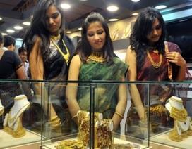 Ấn Độ đau đầu vì nạn buôn lậu vàng tăng vọt