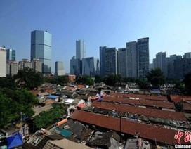 """Cận cảnh những khu nhà """"ổ chuột"""" giữa lòng Bắc Kinh"""