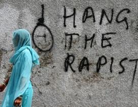 Nữ cảnh sát Ấn Độ bị hiếp dâm tập thể