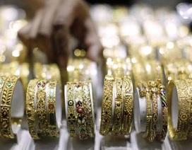 """Thị trường vàng thế giới dõi theo """"bà đầm thép"""" nước Đức"""