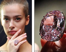 Cận cảnh viên kim cương hồng dự báo phá kỷ lục giá thế giới