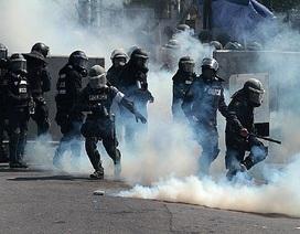 Thái Lan: Người biểu tình chiếm đài truyền hình, thủ tướng di tản