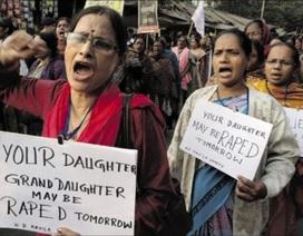 Ấn Độ: Cô gái 21 tuổi bị bắt cóc, hãm hiếp tập thể suốt 2 giờ