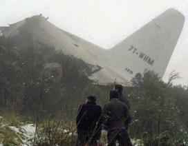 1 người sống sót kỳ diệu trong vụ rơi máy bay tại Algeria