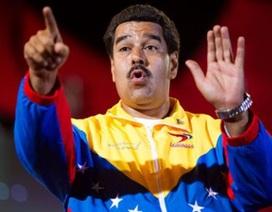 Venezuela trục xuất 3 nhà ngoại giao Mỹ