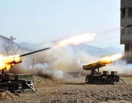 Triều Tiên lại bắn thêm 30 tên lửa tầm ngắn