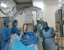 Lần đầu đưa hệ thống máy thăm dò điện sinh lý tim vào điều trị