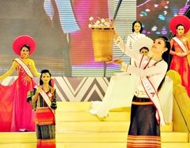 Hương sắc các dân tộc Việt Nam trong trang phục truyền thống